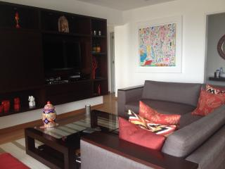 Great 2 Bedroom Apartment in Barranco with balcony - Lima vacation rentals