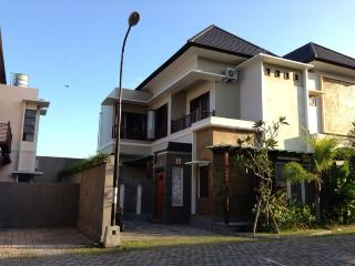 House for rent Kerobokan Bali - Nusa Dua vacation rentals