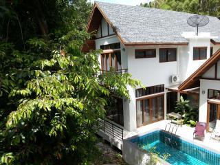 300 m. to beach, Pool villa Chaweng Noi - Bangkok vacation rentals