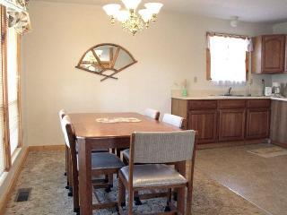 Chalet 1st Fl ~Rustic, Affordable, Family Friendly - Dandridge vacation rentals