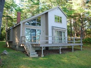 SUNFISH COTTAGE - Town of Warren - Crawford Lake - Rockport vacation rentals