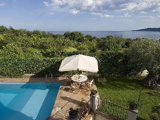 Villa Tecla Villa to let in Sicily, self catered rental Sicily, villa near Taormina Italy, 3 bedroom villa near Taormina - Santa Tecla di Acireale vacation rentals