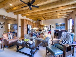 Nice 3 bedroom House in Taos with Dishwasher - Taos vacation rentals