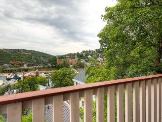 Condo with shared hot tub; walk to Park City Resort - Park City vacation rentals