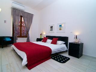 The LeBlanc - Rome vacation rentals