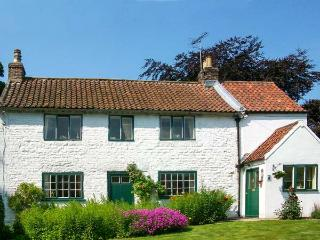 THE WHITE COTTAGE, detached, woodburning stove, parking, garden, in - Bridlington vacation rentals