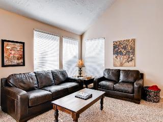 Condo w/private hot tub; fireplace, nearby park - Salt Lake City vacation rentals