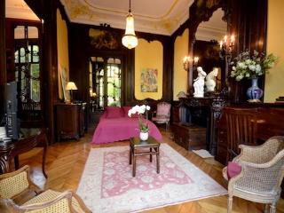 Paris Vacation Rental at Parc Monceau Palace - Paris vacation rentals
