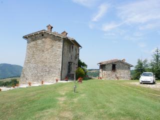 Palazzo Scagliae Castle in Gubbio Umbria Sleeps 8+ - Gubbio vacation rentals