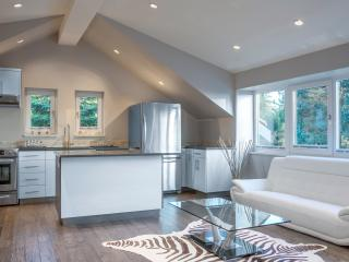 New Contemporary house with a view to dream about - North Vancouver vacation rentals