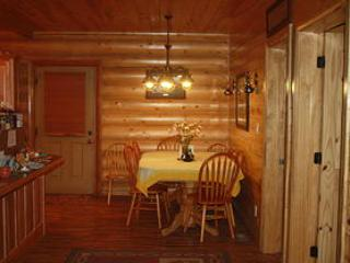 Bear In The Bed and Breakfast - Hatch vacation rentals