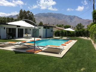 BOUND - Mid-Century 3BD 2.5 BTH - Palm Springs vacation rentals