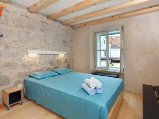 modern design in old stone house - Split vacation rentals