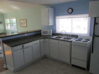 Lakefront 2B Cottage Point Breeze,NY(Lake Ontario) - Kent vacation rentals