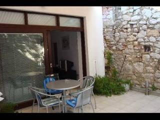 35262  A1(2+2) - Tisno - Island Murter vacation rentals