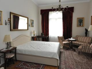 Romantic 1 bedroom Villa in Zagreb - Zagreb vacation rentals