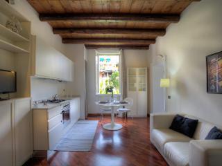 Residenza Olmo - San Giovanni Ilarione vacation rentals