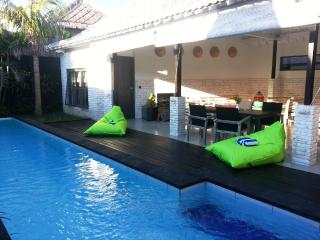 Balinese Villa 300 m from the beach - private pool - Canggu vacation rentals