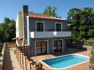 Lovely 2 bedroom Villa in Kefali - Kefali vacation rentals