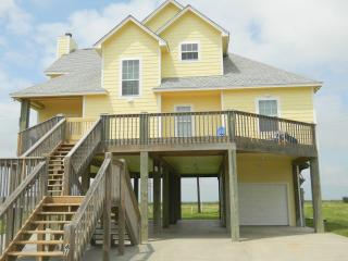 Beach Bummin in Style Crystal Beach - Crystal Beach vacation rentals