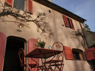 Nice House with Deck and Internet Access - Casalguidi vacation rentals