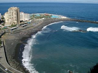 Cómodo y tranquilo apartamento frente a la playa... - Puerto de la Cruz vacation rentals