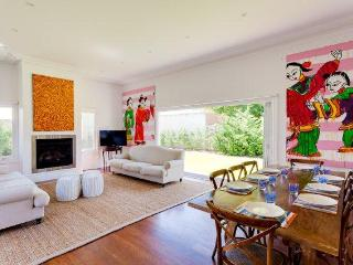 Cottesloe Beach House Stays- Strickland Park House - Perth vacation rentals
