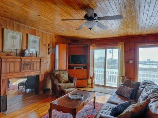 3 BR, 1 BA Beach House - w/ Great Water Views, Lot - Carolina Beach vacation rentals