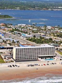 Ocean Front View Pirates Cove Daytona Beach Shores - Daytona Beach vacation rentals