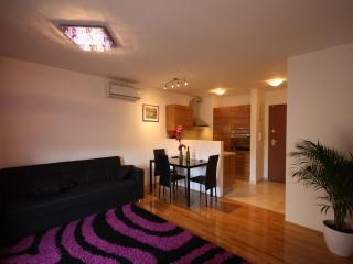 Romantic 1 bedroom Apartment in Split - Split vacation rentals