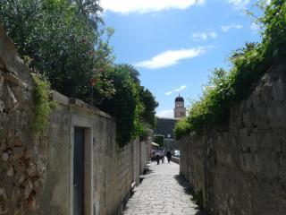 Easy access 2BD apt w/ terrace in Center Dubrovnik - Dubrovnik vacation rentals