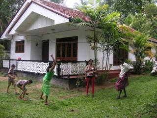 Nadeeka's dream bungalow in Moragalla Sri Lanka - Moragalla vacation rentals