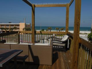 Ohana Hale Beachside Suite B One Bedroom - Bradenton Beach vacation rentals