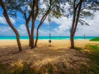Waimanalo Beach front! 4 BR, 4 BA, Sleeps 8-12 - Waimanalo vacation rentals
