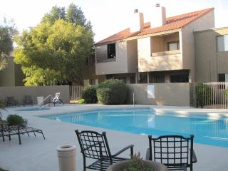 Close to Old town with pool/hot tub, lovely 1bedroom upstairs condo in quiet neighborhood - Central Arizona vacation rentals