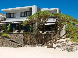 Coral Bay Luxury Beachfront Suite, Pointe d'Esny - Pointe d'Esny vacation rentals