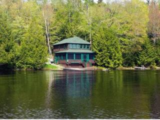 Charming Cottage right on Upper Saranac Lake - Saranac Lake vacation rentals