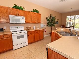 Highlands Reserve 4 Bed 3 Bath Pool Home. 814-HLAN - Davenport vacation rentals
