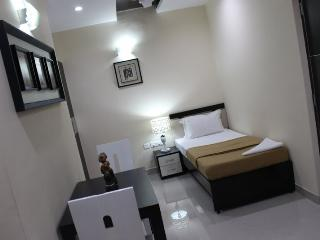 Angson Apartment-Special Room-Pvt - Chennai (Madras) vacation rentals