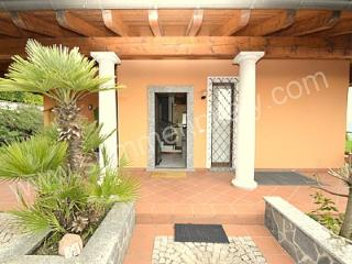Nice House with Deck and Internet Access - Meina vacation rentals