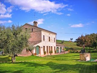 Villa Macerata - Marche vacation rentals
