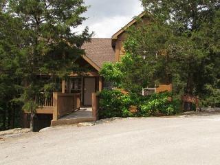 Mayberry Lodge-2 bedroom, 2 bath pet friendly lodge at StoneBridge Resort - Branson West vacation rentals