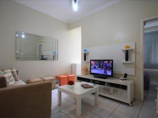 ★Dutra 1104 - Rio de Janeiro vacation rentals