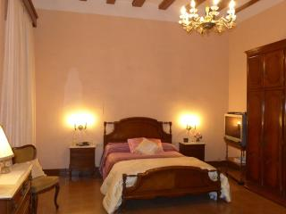 House Antic Forn Id-2727 - Arenys de Mar vacation rentals