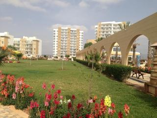 Modern apartment near seaside (Caesar Resort) - Trikomo vacation rentals