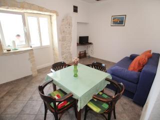 Apartment simply-0015 - Slatine vacation rentals