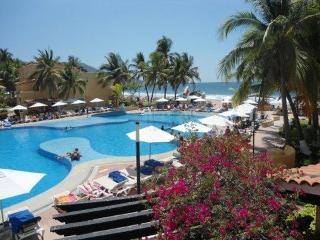 TESORO RESORT-PRIVATE ONE BEDROOM CONDO 2 BEDS - Ixtapa vacation rentals