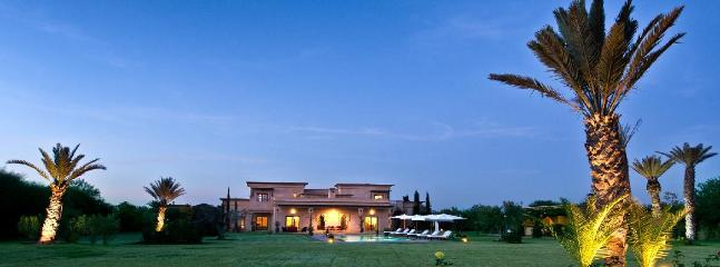 Very Nice Villa 4 bedrooms in Marrakech - Image 1 - Marrakech - rentals