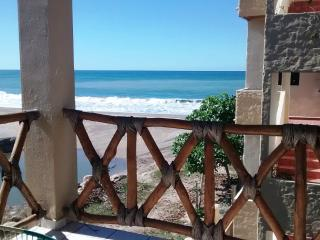 2 beautiful bedrooms on the Beach in Lo De Marcos - Lo de Marcos vacation rentals