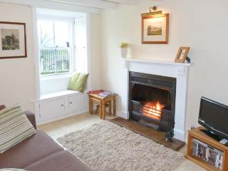 LAVENDER COTTAGE, romantic cottage with open fire, patio, heart of Askrigg Ref 729 - Askrigg vacation rentals